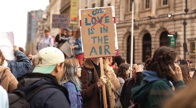 Protest zbog ugljen dioksida