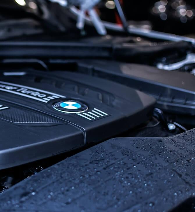 motor BMW auotomobila